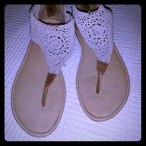 Crotched Sandals